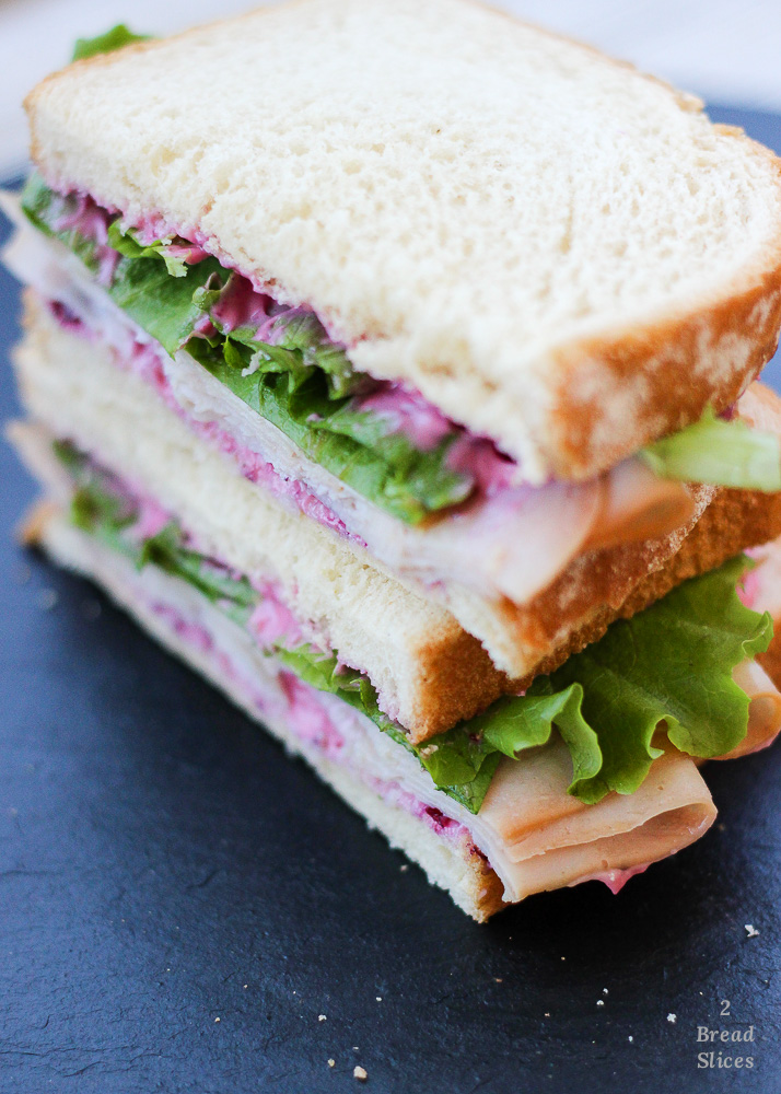 Sandwich de Pavo y Mayonesa de Arándanos