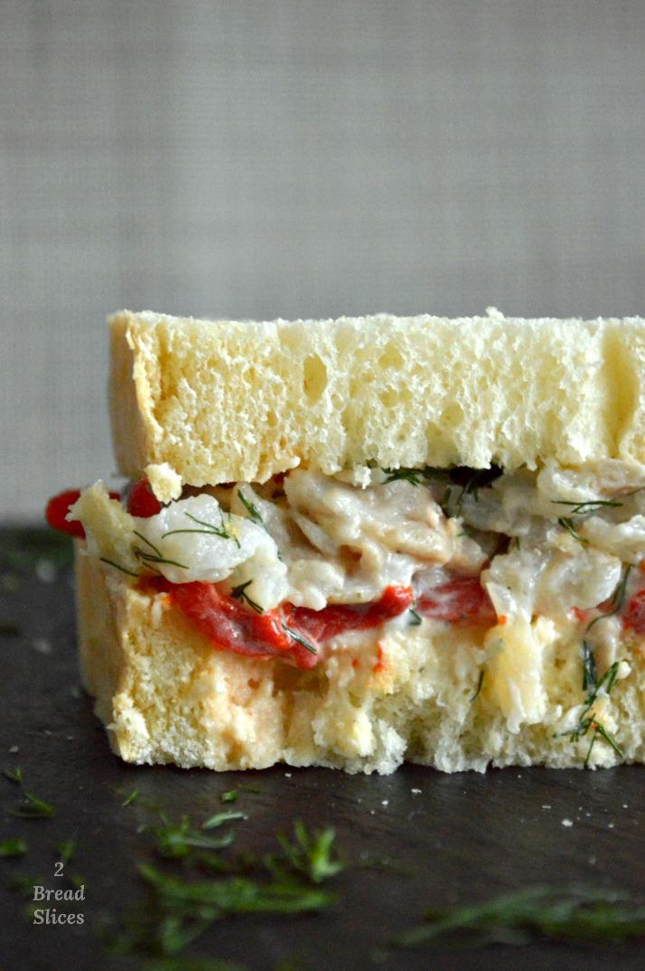 Sandwich de Pimientos Asados y Bacalao