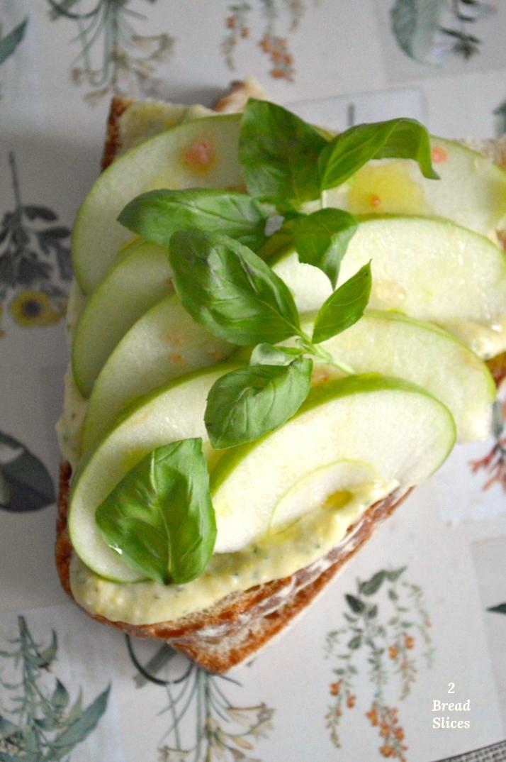 (Open) Sandwich de Manzana Verde y Judías