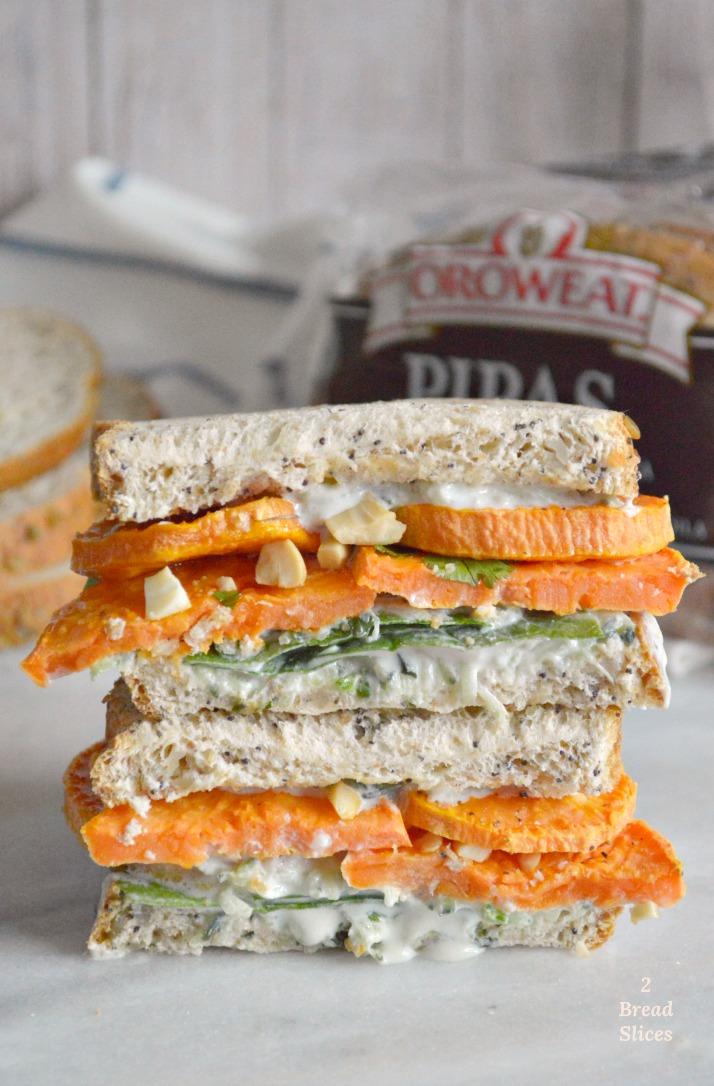 Sandwich de Batata Asada y Tzatziki