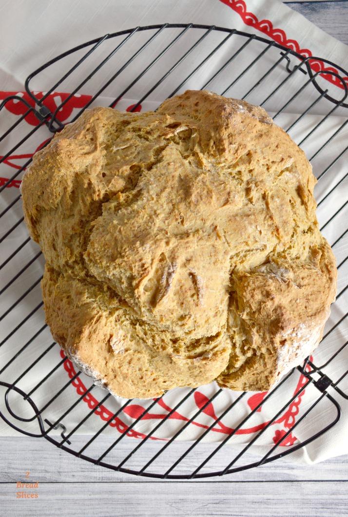 Sea como sea, es un pan que si no habéis probado nunca, ahora es el momento.