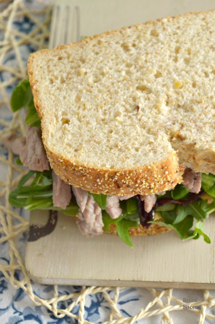 Sandwich de Ternera y Cebolla Caramelizada