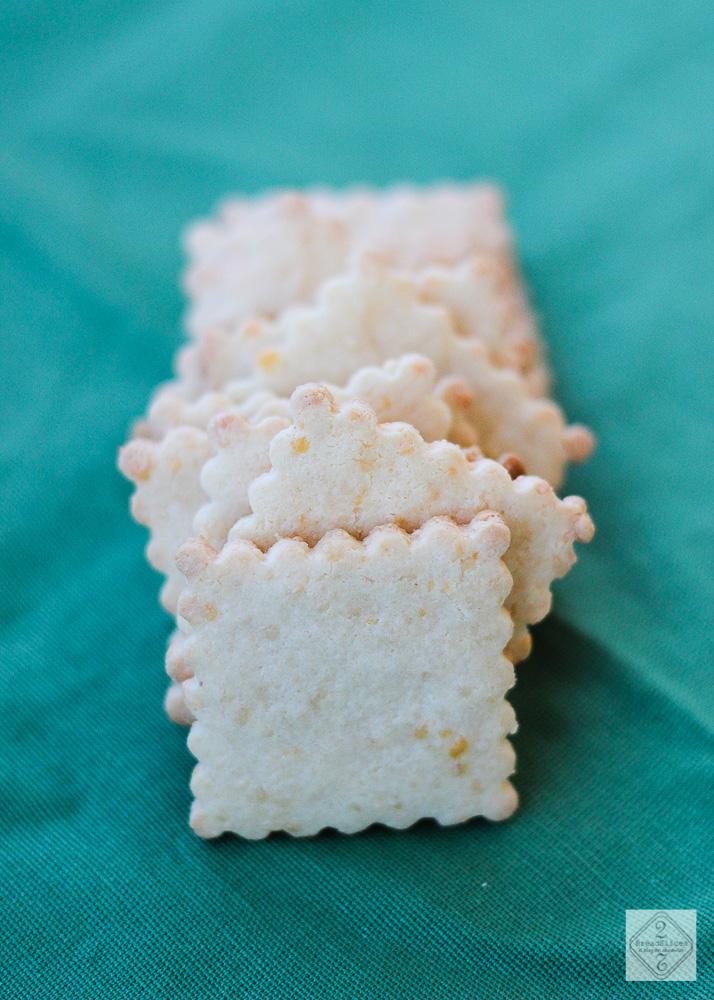 Crackers de cheddar y almendra
