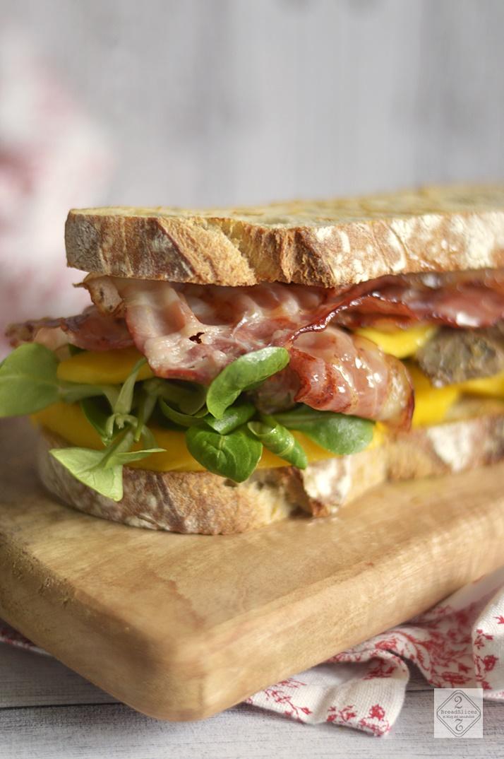 Sandwich de Ternera Asturiana y Mango