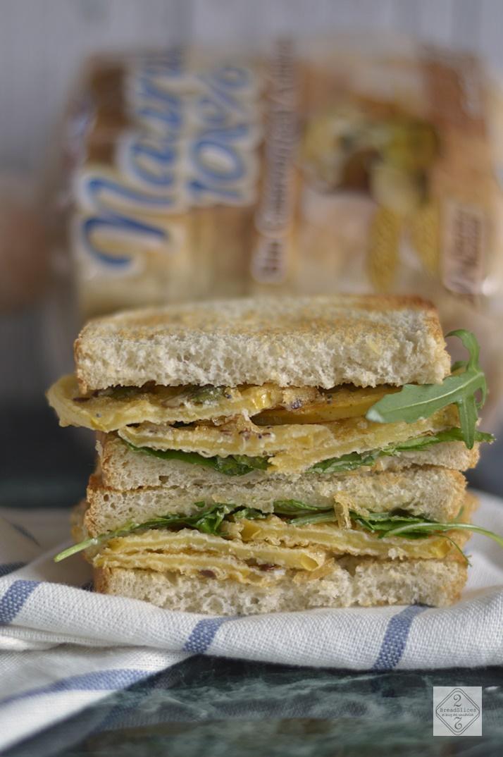 Sandwich de Manzana Frita y Roquefort