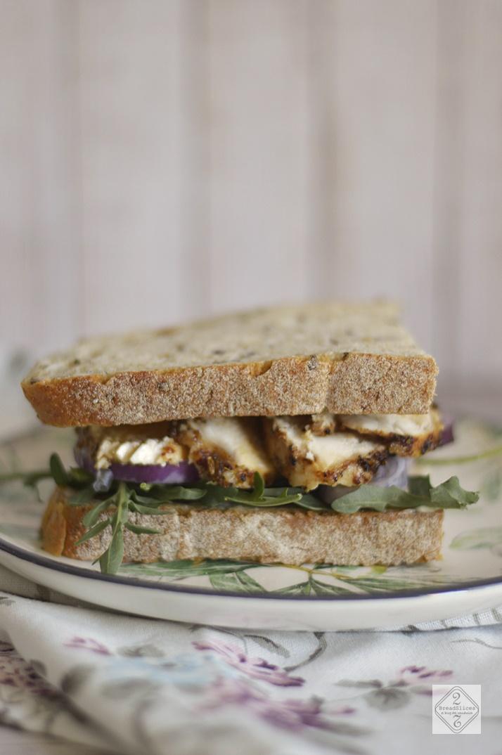 Sandwich de Pollo Con Mantequilla al Brandy