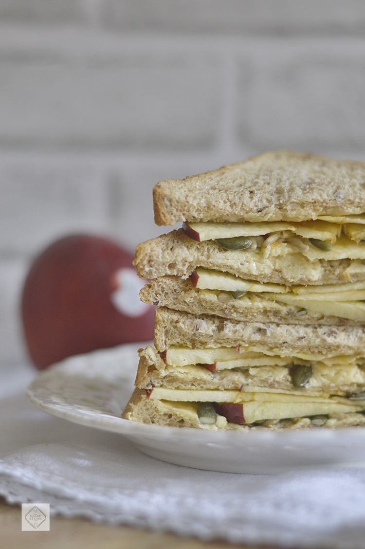 Sandwich de Manzana y Queso Cheddar | 2 BREAD SLICES